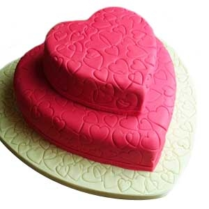 Double Tier Love Cake