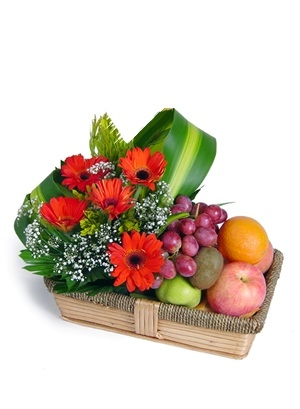 Flowers and Fruits 31