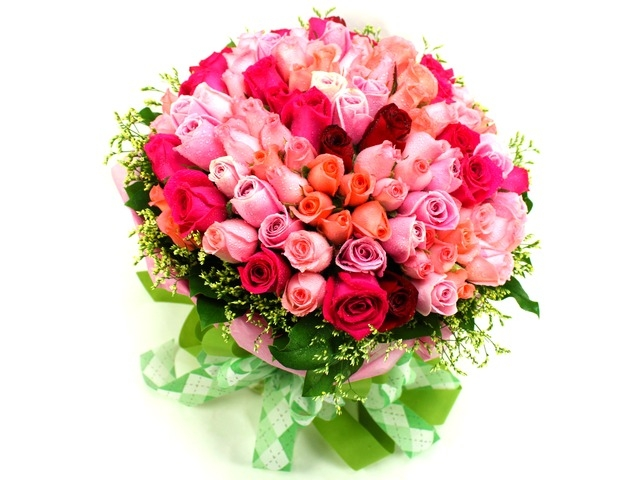Florist kl malaysia delivering fresh flowers everyday for Big bouquets of flowers