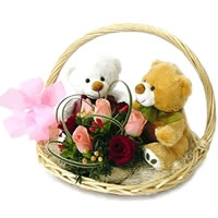 Couple Bear Flower Basket 03