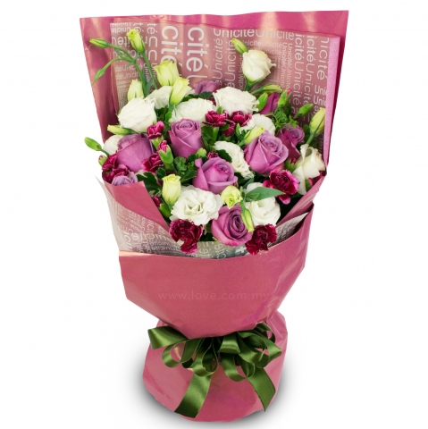 Imported Purple Roses Bouquet 04