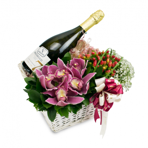 New Wine & Flower Arrangement 02