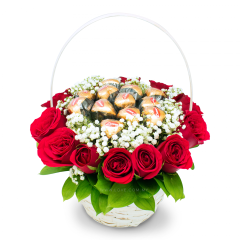 L'amour Fine Chocolates Basket 04